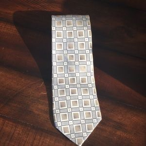 Other - Men's silver and gold tie